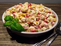 Sałatka z tortellini - Blog z apetytem Polish Recipes, Tortellini, Tzatziki, Pasta Salad, Potato Salad, Catering, Food And Drink, Potatoes, Cooking