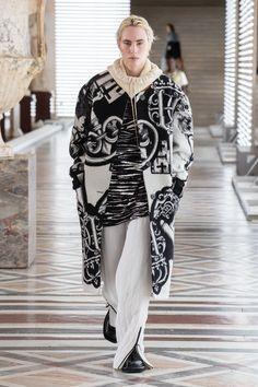 Louis Vuitton | Ready-to-Wear Autumn 2021 | Look 21 Fashion Week, Fashion Show, Fashion Looks, Womens Fashion, Paris Fashion, Nicolas Ghesquière, Collection Louis Vuitton, Capsule Outfits, Outfits