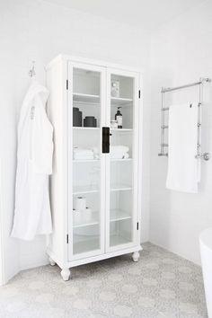 Tile, linen cabinet