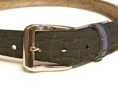 Bilde av Belte av resirkulerte motorsykkeldekk Belt, Accessories, Fashion, Belts, Moda, Fashion Styles, Fashion Illustrations, Arch