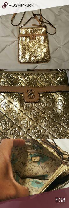 Authentic Guess Handbag Gold crossbody like new small Guess Bags Crossbody Bags