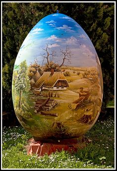 Un uovo dipinto di cuore - Easter Egg from the China Painting, Pebble Painting, Stone Painting, Shell Painting, Ukrainian Easter Eggs, Ukrainian Art, Egg Crafts, Easter Crafts, Art D'oeuf