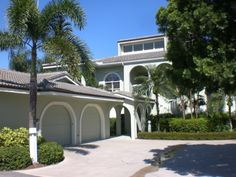 12368 HARBOUR RIDGE BLVD., PALM CITY, FL  RESORT STYLE LIVING WITH DIRECT RIVERFRONT VIEW $112,900.