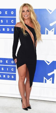 See the Best Looks from the 2016 MTV Video Music Awards Red Carpet - Britney…