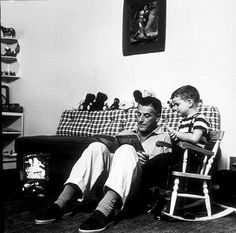 Stanley Kramer (and his son at home in Los Angeles, CA, 1954).
