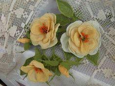 Neşe'nin gözdeleri Needle Lace, Lace Making, Flowers, How To Make, Needlecrafts, Dragons, Flower Crochet, Lace, Bobbin Lace