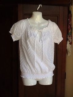 ANN TAYLOR WHITE PEASANT EYELET BLOUSE TOP BEAUTIFUL SIZE  XS - BUY NOW ONLY 7.99