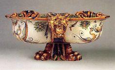 #Maiolica -- Trilobed Cistern (bacile trilobato) Circa 1600-10 -- Urbino -- The Metropolitan Museum of Art