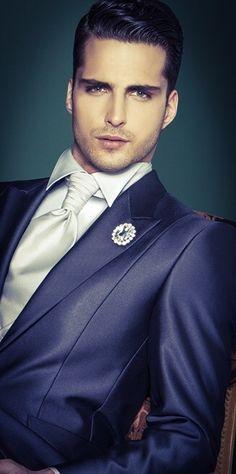 Stile italiano...per essere uno sposo perfetto! Abiti Carlo Pignatelli