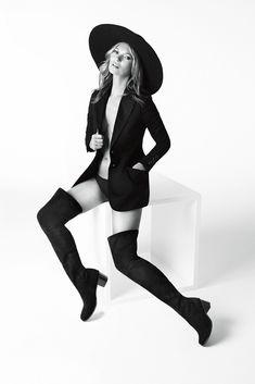 Kate Moss for Stuart Weitzman. [Photo by Mario Testino]
