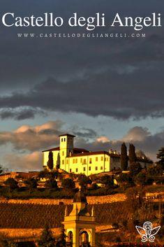 Castello degli Angeli è Location per Eventi, baciato ogni giorno da favolosi tramonti #castellodegliangeli #location #tramonto #panorama