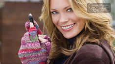 Most people like to keep in touch, so texting outside in the winter is very likely to happen, these Crochet Texting Gloves are perfect for keeping your hands warm and your fingers at the ready. Crochet Crowd, Free Crochet, Texting Gloves, Crochet Gloves, Hand Warmers, Fingerless Gloves, Crochet Projects, Texts, Free Pattern