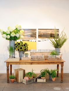 escort card table | Ritzy Bee Events | @suann song | Amaryllis