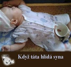 Funny Baby Pictures with Captions Funny Baby Images, Funny Pictures For Kids, Funny Animal Pictures, Funny Photos, Bizarre Photos, American Funny Videos, Funny Cat Videos, Dad Humor, Girl Humor