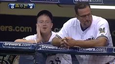 Milwaukee Brewers. Baseball. sport. Pitcher Chris Narveson is thinking......