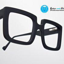 handmade eyewear - handgefertigte brillenfassung / im kundenauftrag / copyright by kurz & weit brillenwerkstatt