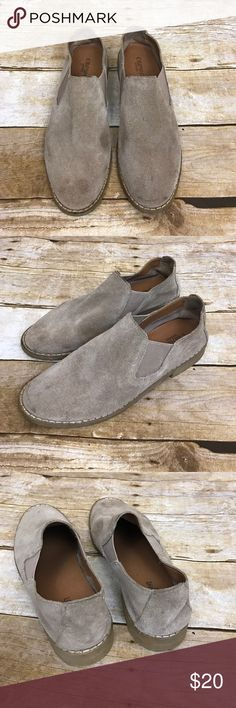 CROWN Vintage Tan Suede Slip On Shoe 7.5 CROWN Vintage Brand - Tan Suede Slip on Shoes - gently used - size 7.5 - 🌷FAST SHIPPING🌷💕 CROWN Vintage  Shoes Flats & Loafers