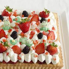 Insalata di calamari e gamberetti. | Colazione da Jo Tapas Bar, Vegan Foods, Antipasto, Waffles, Raspberry, Menu, Cream, Fruit, Breakfast