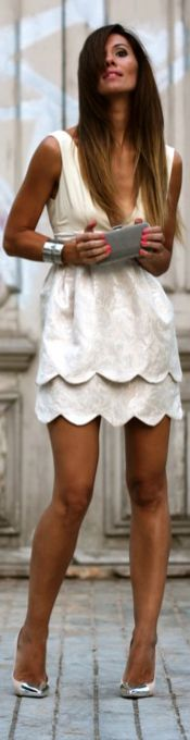@Shannon Hill i want my hair like this !!!!!!!!!! lets DO IT :)   Little White Dress | BuyerSelect.com