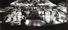 Aliens and Predators, scanzen: Nostromo cockpit. On the set photo,...
