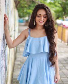 Teenage Girl Photography, Photography Poses Women, Indian Actress Hot Pics, Most Beautiful Indian Actress, Stylish Girls Photos, Stylish Girl Pic, Girl Photo Poses, Girl Poses, Frock Photos