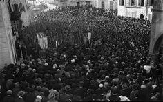 Folla di manifestanti - 1940.
