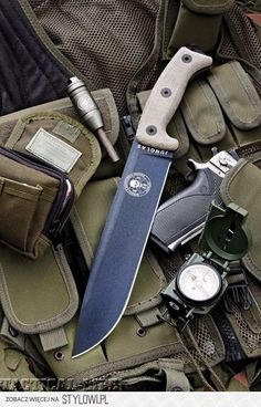 """ESEE Junglas knife - pronounced """"Hoonglas"""" and named after the Colombian Jungla Special Operations Force who specialise in Latin American jungle and counter-narcotics operations"""