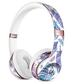 Vibrant Purple Toned Sproutaneous Full-Body Skin Kit for the Beats by Dre Solo 3 Wireless Headphones Cute Headphones, Sports Headphones, Bluetooth Headphones, Over Ear Headphones, Beats By Dre, Accessoires Iphone, Airpod Case, Audiophile, Headset