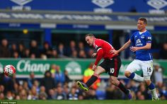 Everton 0 Manchester United 0: Wayne Rooney ended his goal drought away from home as he slid the ball beyond Tim Howard to make it 3-0 in the second half