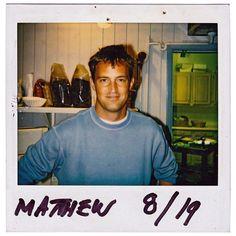 matthew perry in the Serie Friends, Friends Cast, Friends Moments, Friends Tv Show, Ross Friends, Friend Tumblr, Friend Memes, Ross Geller, Rachel Green