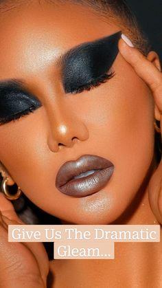 Makeup Inspo, Makeup Inspiration, Beauty Makeup, Makeup Ideas, Wedding Makeup For Blue Eyes, Blue Eye Makeup, Wintry Weather, Dramatic Makeup, How To Apply Eyeliner