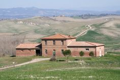 to restore #Tuscanproperty close by Siena