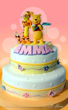 Winny the pouh cake Winnie The Pooh Cake, Winnie The Pooh Friends, Disney Winnie The Pooh, Friends Cake, Disney Cakes, Animation Film, Holidays And Events, Cake Decorating, Birthday Cake