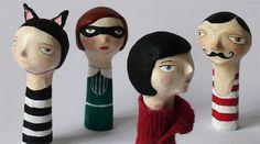 Papier mache finger puppets by Flor Panichelli Making Paper Mache, Paper Mache Clay, Paper Mache Crafts, Origami, Mascara Papel Mache, Paper Dolls, Art Dolls, Paper Puppets, Paperclay