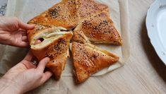 Uzavretá pizza The Creator, Pizza, Eggs, Ethnic Recipes, Food, Fall Of Man, Essen, Egg, Meals