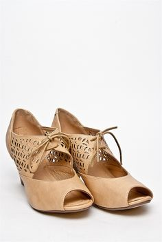 Chelsea Crew - Jazz Mid Heel Lace Up Shoe - Nude at DNA Footwear