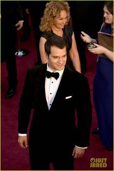 Henry Cavill Looks So Dapper at Oscars 2016!