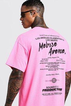 Oversized Neon Pink Melrose Avenue T-Shirt - boohooMAN Shirt Print Design, Tee Design, Shirt Designs, Slogan Tshirt, T Shirt, Neon Shorts, Mode Editorials, Ralph Lauren, Men's T Shirts