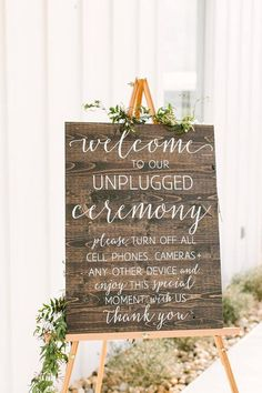Unplugged Wedding Sign, Unplugged No Cell Phones Ceremony Sign, Rustic Wood Wedding Sign - Romantic Wedding Decor - Wedding Ceremony Decor - Boho Weddings #weddings #weddingceremony #weddingdresses