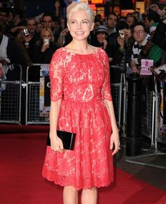 Michele Williams goes feminine with this coral Erdem lace dress - Fashion Galleries - Telegraph
