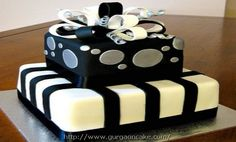 silver and white birthday cakes Picture