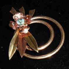 Harry Iskin 40's Gold Filled Floral Pin $25.00