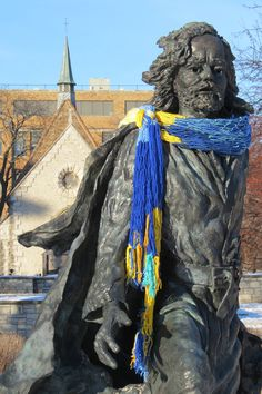 "Father Marquette is ready for a chilly first day of ""spring"" classes at Marquette University. Marquette University, First Day Of Spring, Blessings, Postcards, Father, Places, Pai, Dads, Lugares"