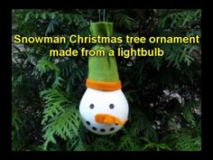 Craft ideas for Christmas - Snowman Christmas tree ornament made from a lightbulb