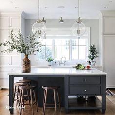 Modern Kitchen Interior Park and Oak kitchen - Home Decor Kitchen, Interior Design Kitchen, New Kitchen, Kitchen Dining, Kitchen Ideas, Decorating Kitchen, Updated Kitchen, Kitchen Utensils, Kitchen Time
