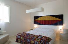 Törmänen Kaisa   kudottu tekstiiliteos, kuvakudos, räsy Pretty Woman, Bed, Furniture, Home Decor, Decoration Home, Stream Bed, Room Decor, Home Furnishings, Beds