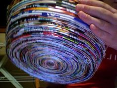 Ideas For Basket Paper Diy Magazine Bowl Recycled Magazine Crafts, Recycled Paper Crafts, Paper Crafts Magazine, Recycled Magazines, Newspaper Crafts, Old Magazines, Paper Recycling, Recycle Newspaper, Newspaper Paper