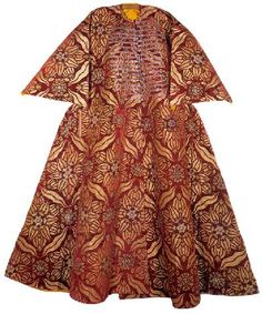 Caftan with short sleeves, from 15th century; 13/8. Length 142.5 cm