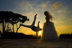 Capoeira wedding at sunset! Through @pinterest I found a page on FB of Capoeira photos from around the world www.Facebook.com/CapoeiraPassion #smallsocialmediaworld