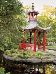 Chinese pavilion in CT garden in Veranda. Landscape design Charles Stick, photo by Max Kim-Bee